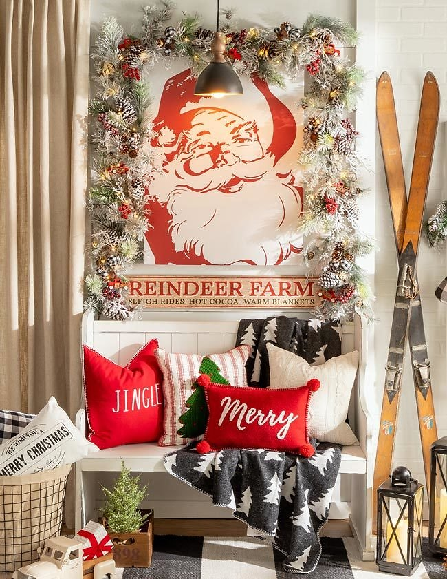 Hobby Lobby: 50% Off Christmas Collections