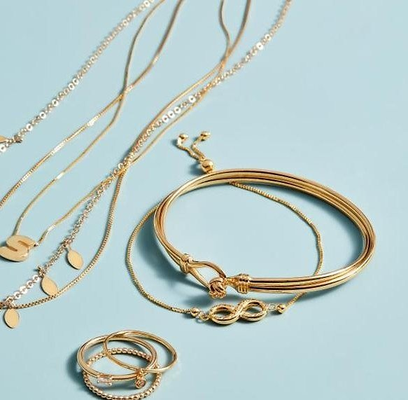 Up to 70% Off Saks Jewelry Event + Extra 10%