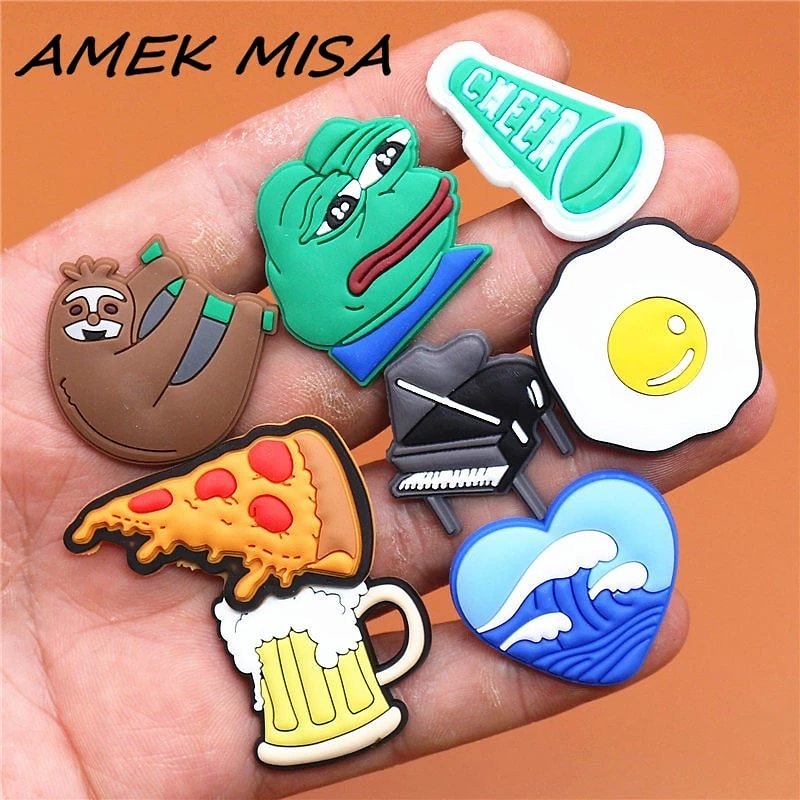 Single Sale 1pcs Animals 29 Types Shoe Charms Accessories Decorations Sad Frog PVC Croc Jibitz Buckle for Kids Party Xmas Gifts