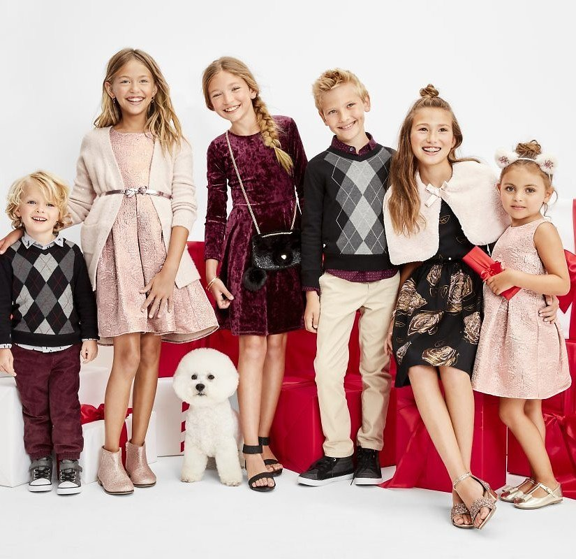 50% Off Christmas Dresses & Holiday Outfits + Ships Free