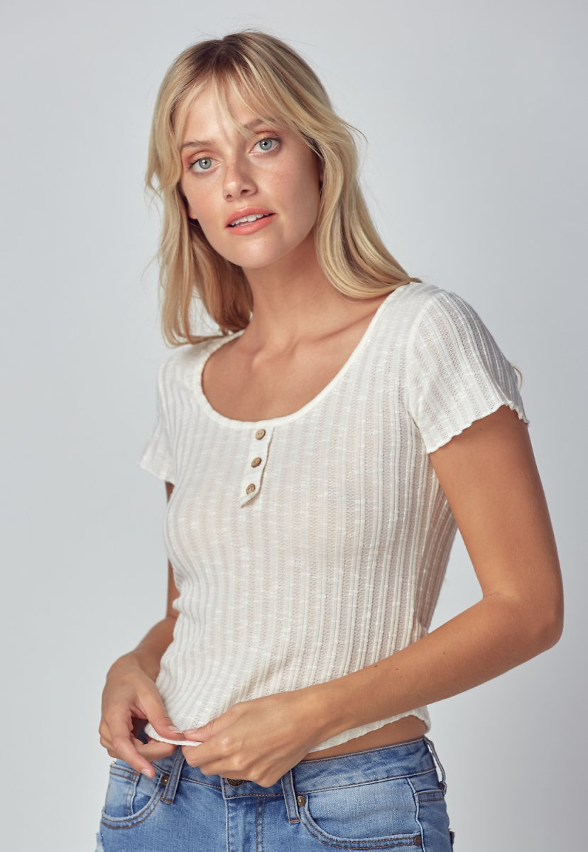 Button Detail Lettuce Edge Top