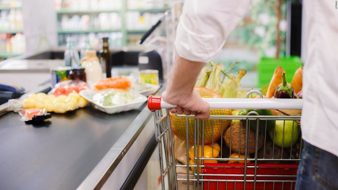 Chase Sapphire Credit Cards to Earn Bonus Points On Groceries for a Limited Time