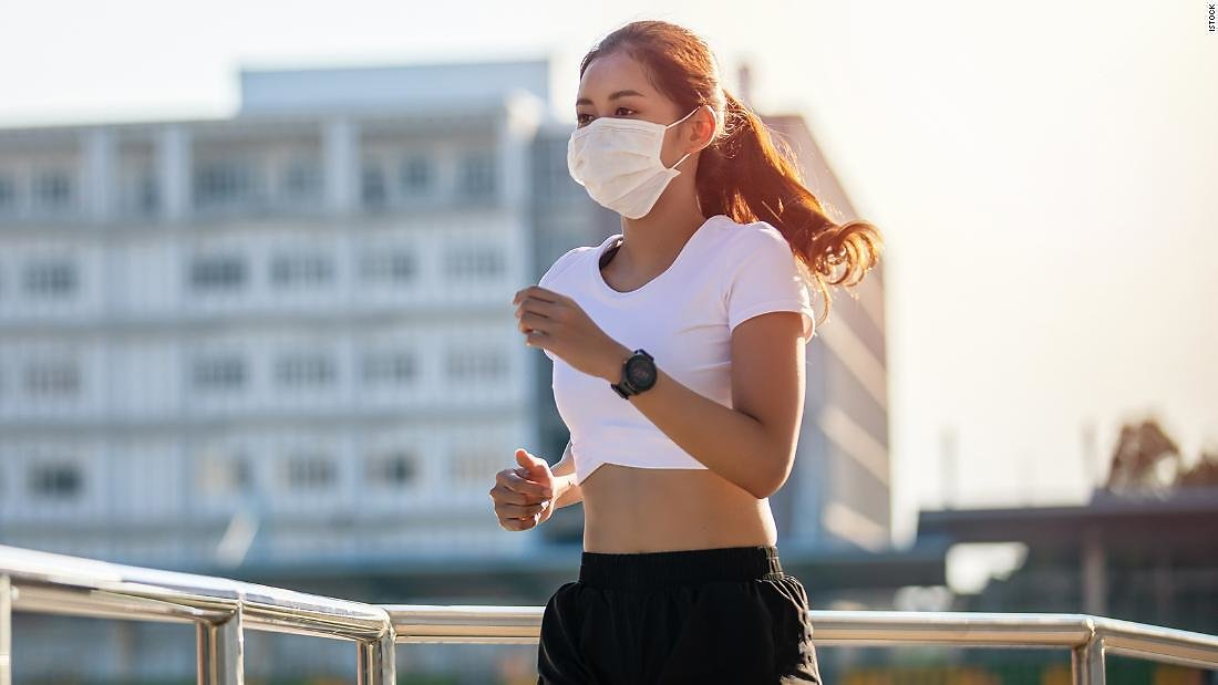 9 Breathable Face Masks to Protect You While Exercising