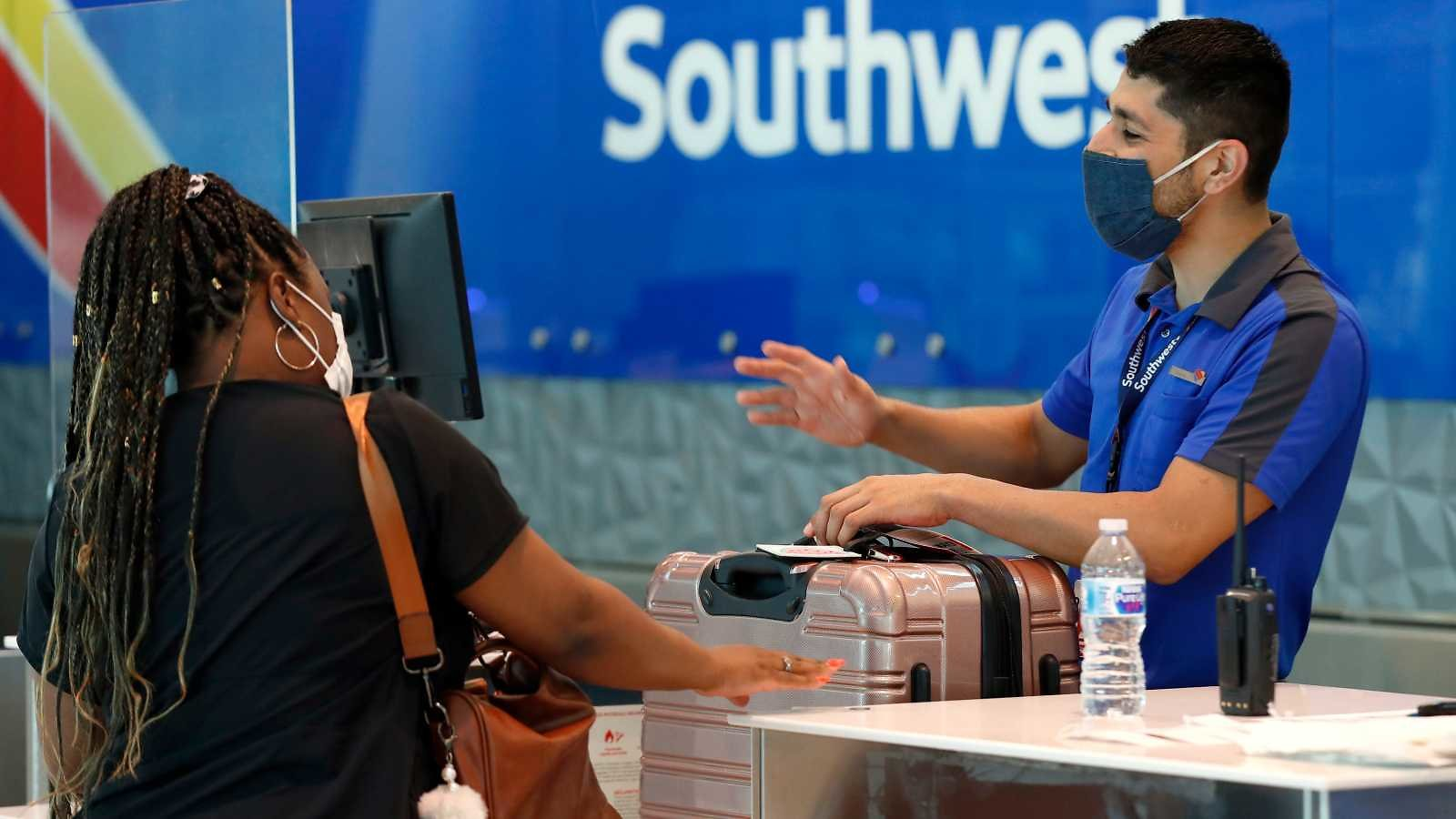 Southwest Airlines Will Start Filling Empty Middle Seats in December, Request Refund for Paid Tickets by Oct. 31