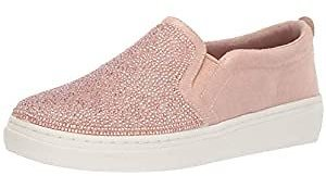 Up to 45% Off On Skechers Shoes