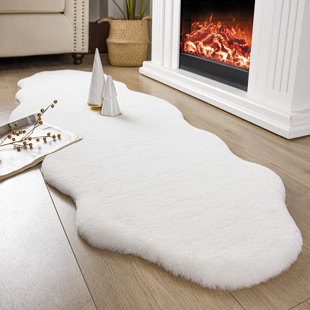 Ashler Ultra Soft Faux Rabbit Fur Chair Couch Cover Area Rug for Bedroom Floor Sofa Living Room White 2 X 6 Feet