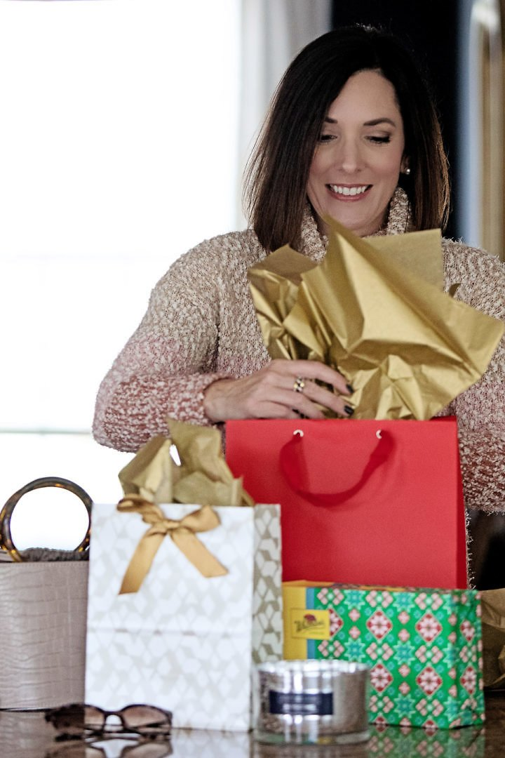 $15 & Under Holiday Gifts + Extra 20% Off