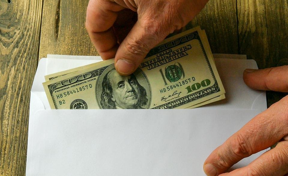 Stimulus Checks For $375 Will Be Issued In Colorado