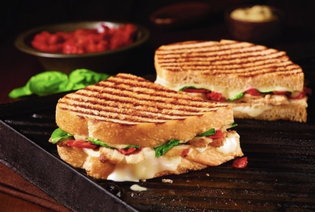 Corner Bakery Cafe - BOGO Sandwich Or Panini Free Offer