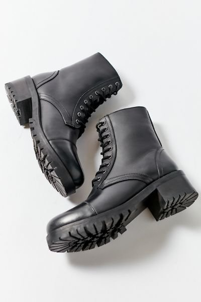 UO Bill Lace-Up Boot