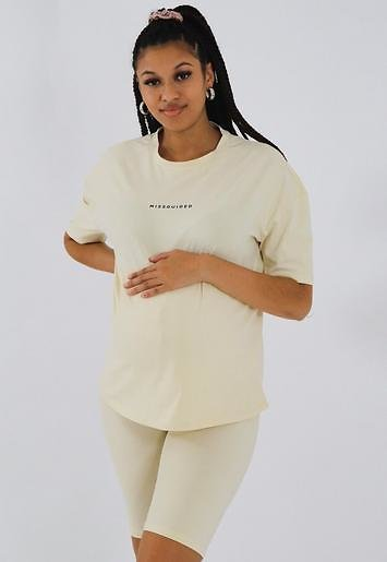 Missguided - Cream Missguided Maternity T Shirt and Biker Shorts Co Ord Set