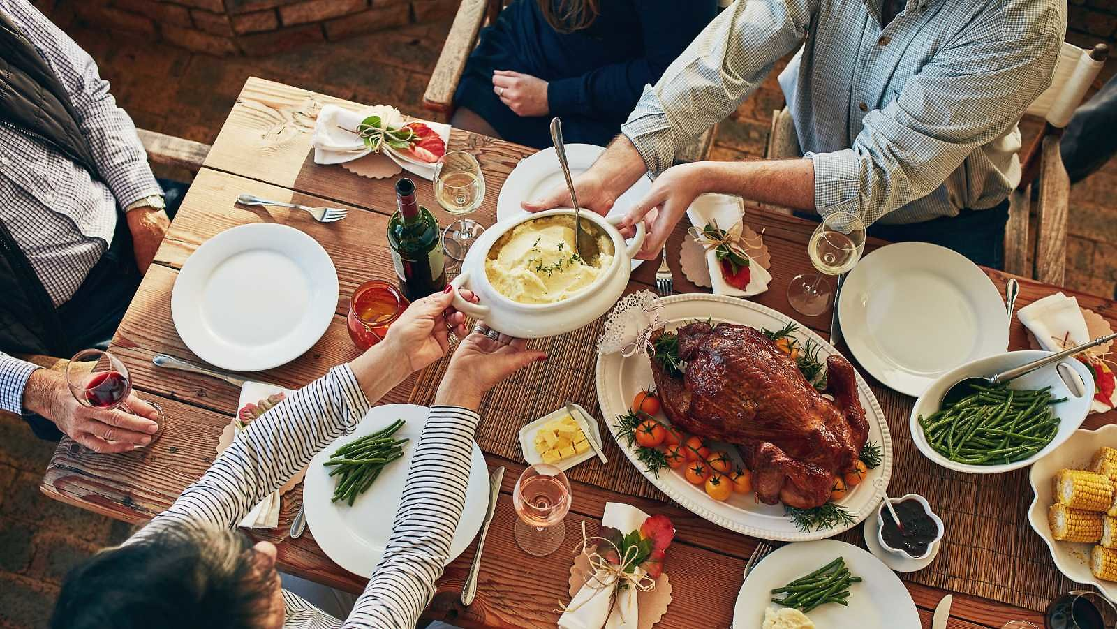 Planning a Zoom Thanksgiving? Here's What You Need to Know