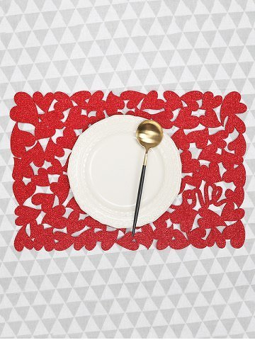 1PC Solid Heart Pattern Placemat