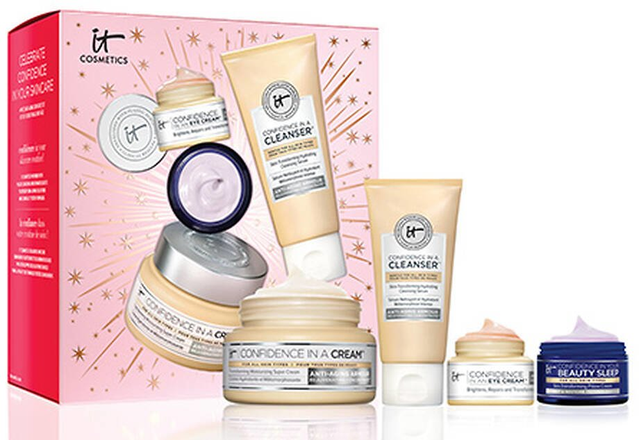Celebrate Confidence in Your Skincare Anti-Aging Set ($91.50 VALUE)