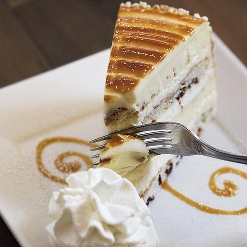 2 Free Cheesecake Slices w/ $25 Gift Card