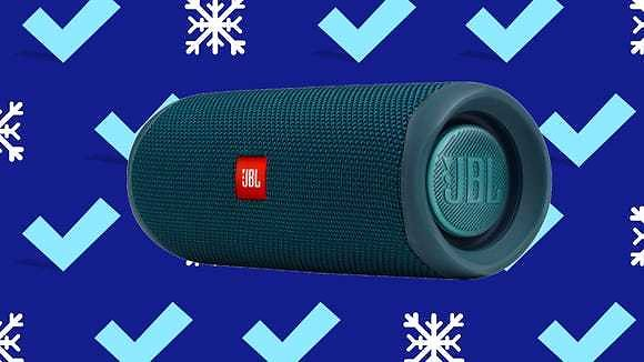 The JBL Flip 5 Is Our Favorite Portable Speaker—and It's At Its Lowest Price Ever