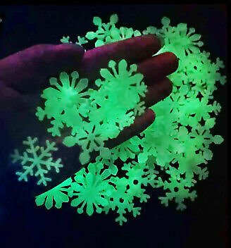 Luminous 3D Snowflakes Christmas Wall Fluorescent Decor Glow In The Dark Sticker
