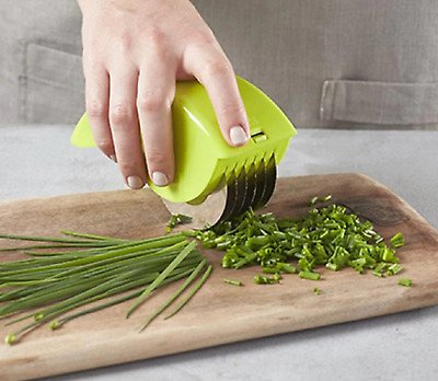 Stainless Steel Blade Kitchen Vegetable Chop Herb Rolling Roll Rollers