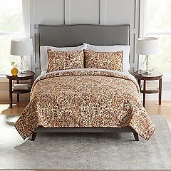 Disney / The Big One Quilts & Coverlets