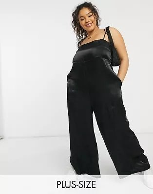 Lola May Curve Jumpsuit in Black