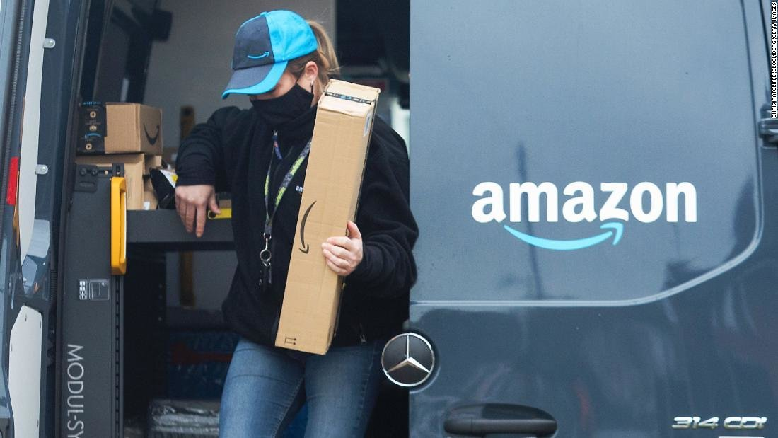 Amazon Sales Surge During a Record-breaking Holiday Shopping Season