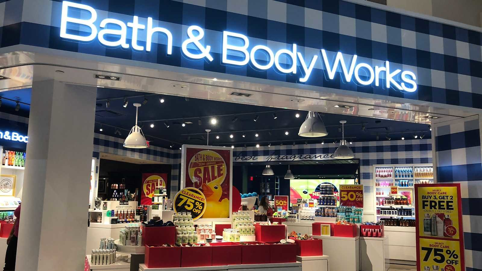 Bath & Body Works' Annual Candle Day Sale Sold Out Online, But $9.95 Candles Available in Stores Through Sunday