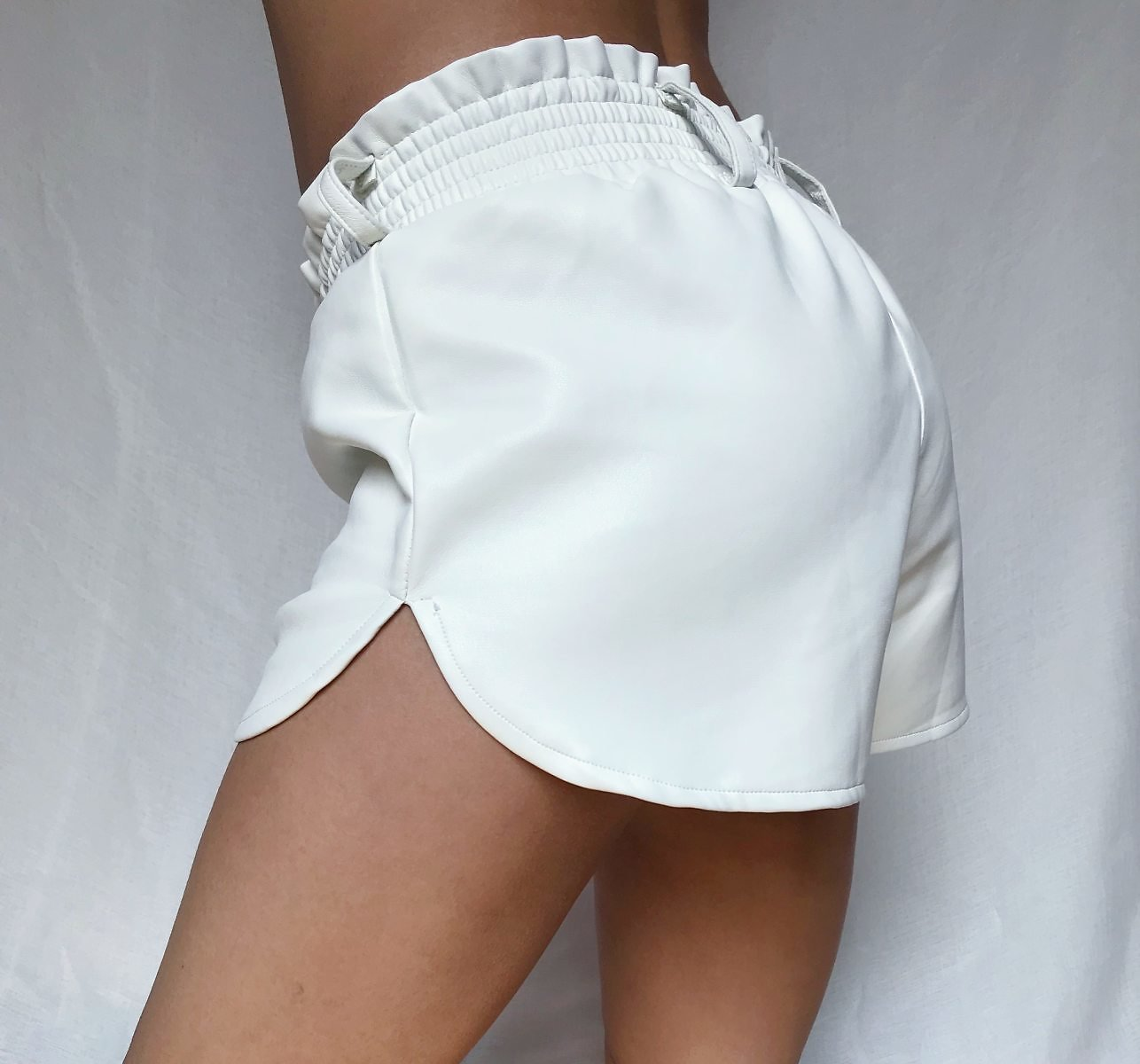 US $13.99 40% OFF|Elastic High Waist White Leather Shorts Women Loose Faux Leather Runner Shorts Autumn Streetwear Sexy Wide Leg Shorts For Women|Shorts| - AliExpress
