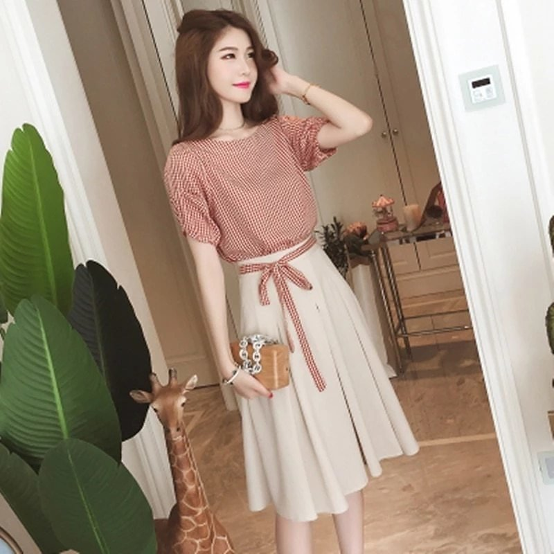 Two Piece Set Women 2020 Summer Plaid T Shirts Top and A-Line Skirts 2pcs Set Female Korean Casual Clothes Skirt Suits