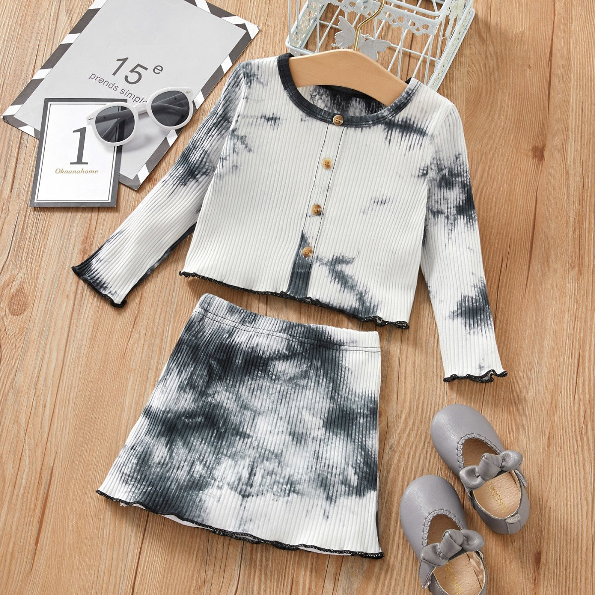 2-piece Baby / Toddler Girl Tie-dye Top and Skirt Set