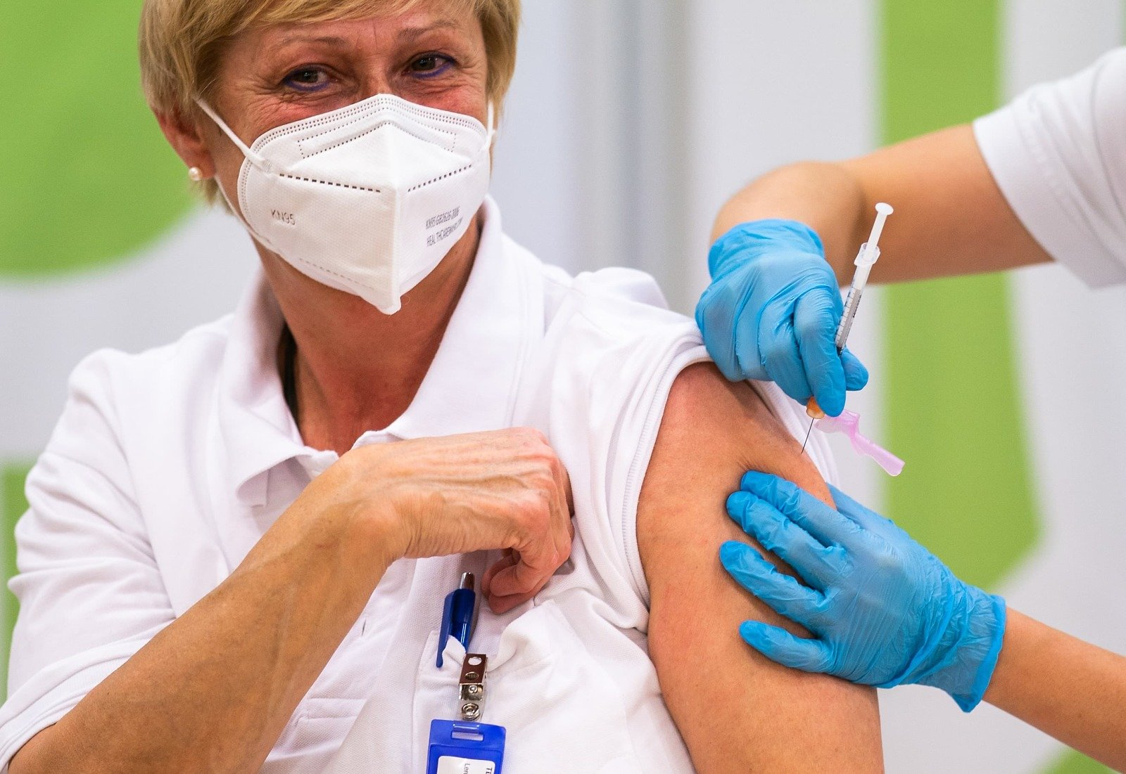EU Administers First Covid Vaccine Doses in Long-awaited Rollout