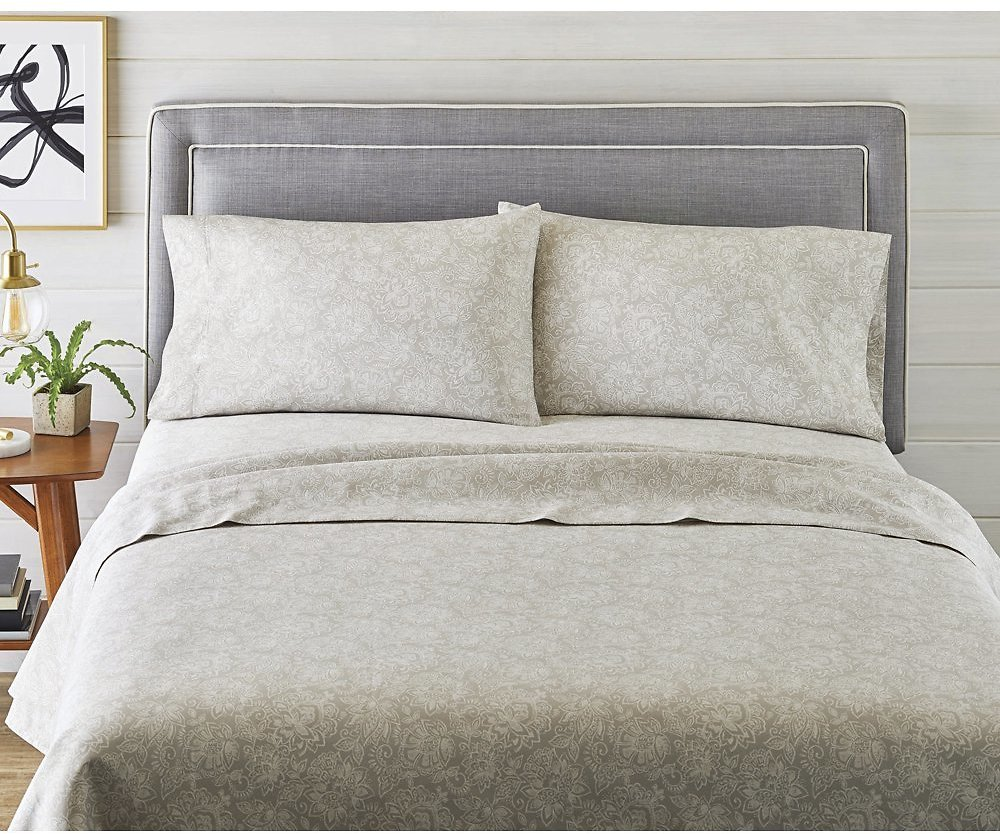 Better Homes & Gardens 300 Thread Count 100% Cotton Wrinkle Resistant Sheet Set, Queen Gray