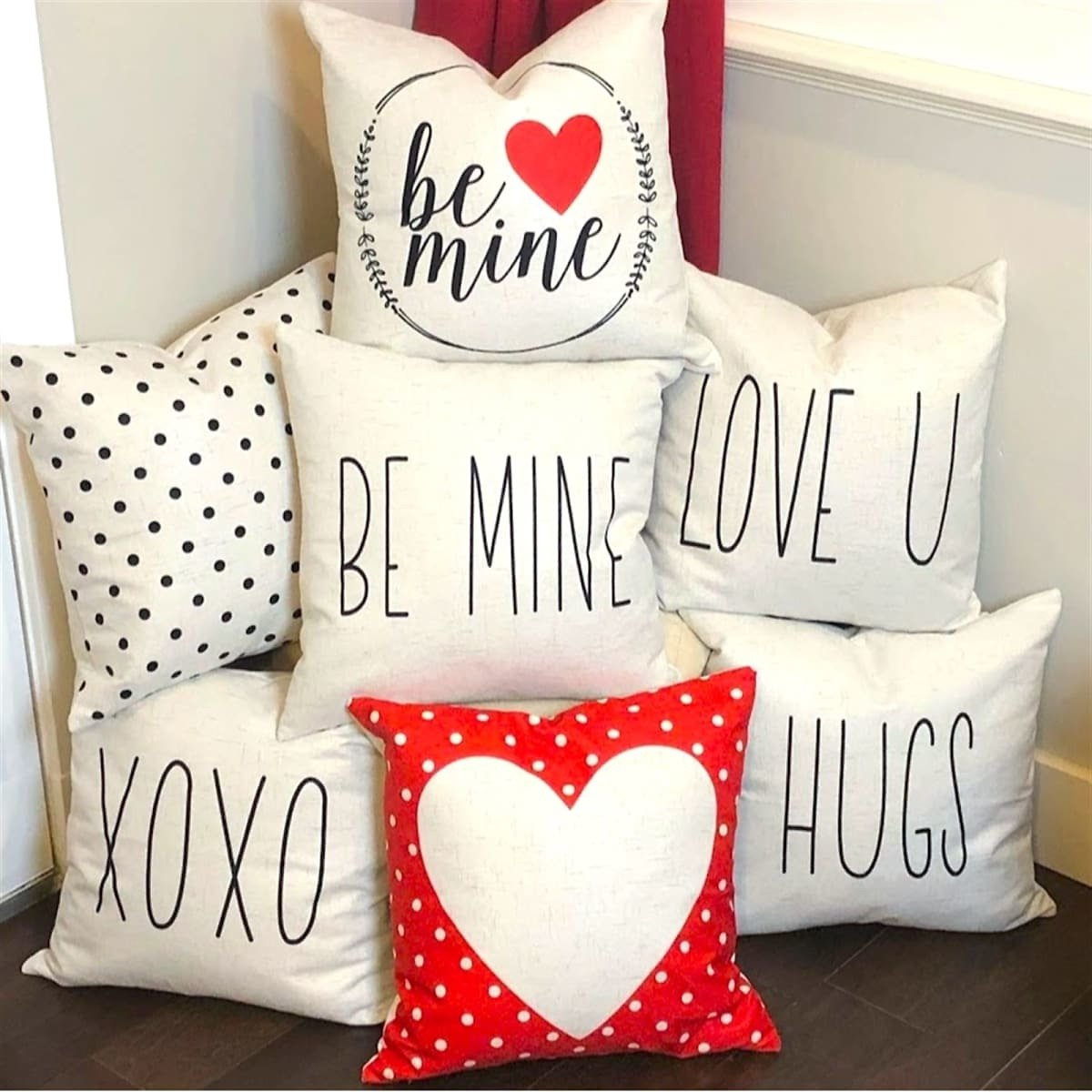Valentines Pillow Covers   22 Styles