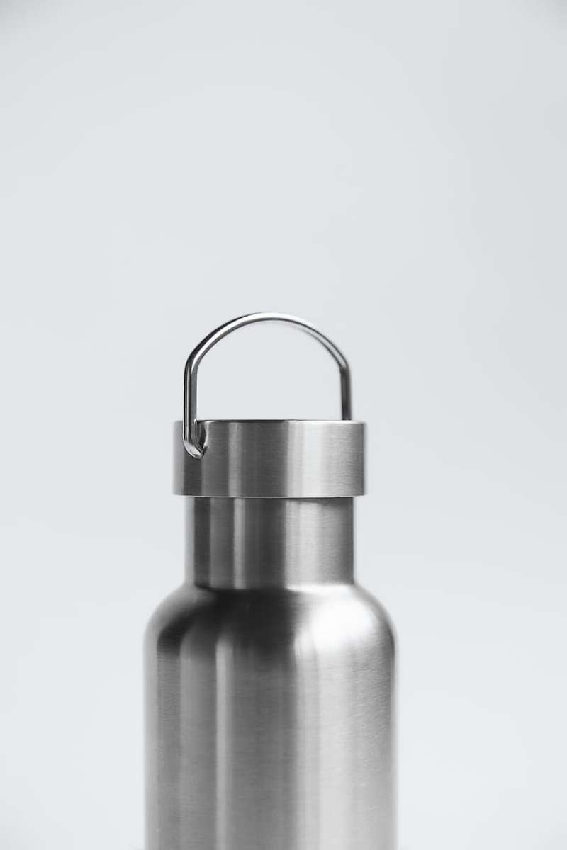STEEL BOTTLE WITH HANDLE TRF