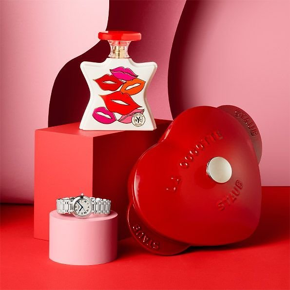 Bloomingdale's Valentines Luxury Gift Ideas for Everyone