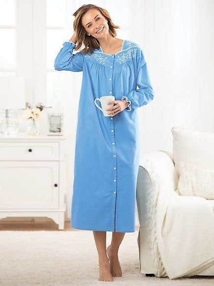 Embroidered Cotton Lawn Robe