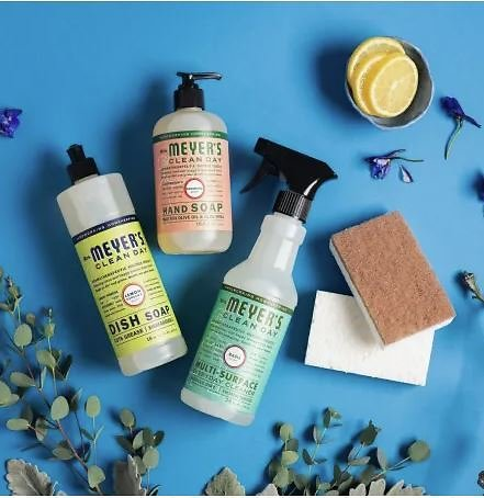 Free Mrs. Meyer's Cleaners Gift Set!