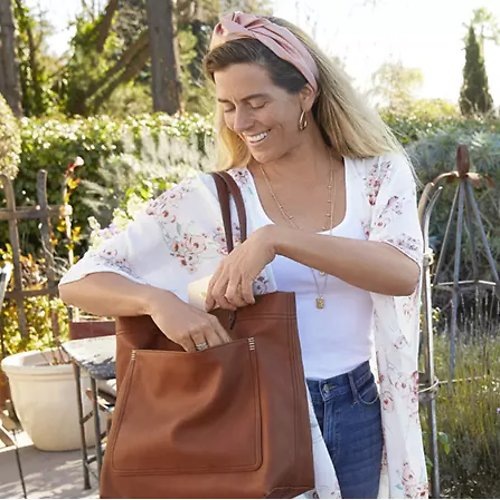 Up To 75% Off Handbags & Wallets + Extra 25% Off