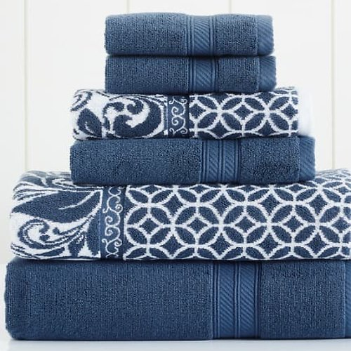 Bath Towels & Rugs Up to 80% Off
