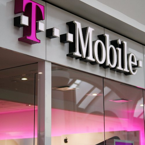 T-Mobile Ups 5G Ante with Home Broadband, Free Phone Upgrades