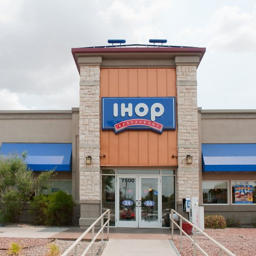 IHOP Plans to Hire 10,000 Workers As Demand Picks Up