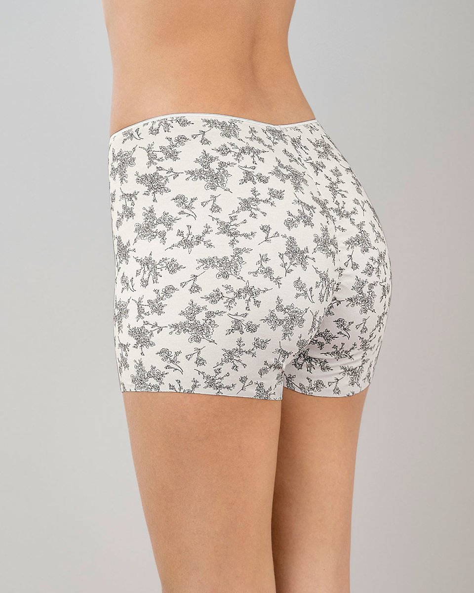 Eco-Friendly Seamless Panty Short - Made of Recycled Plastic Bottles
