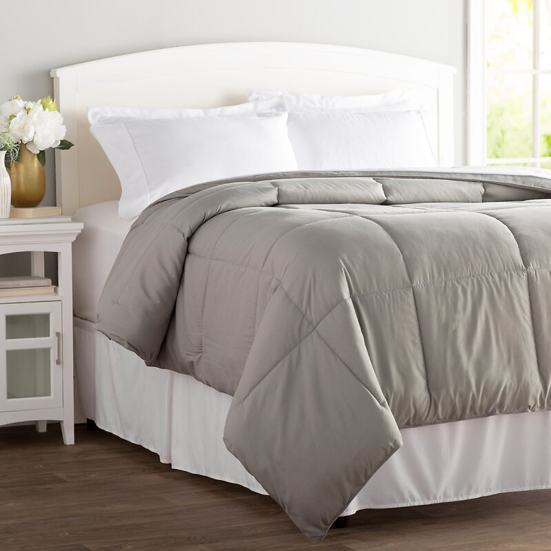 Howell King Size Polyester Down Comforter