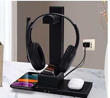 Headphone Stand with Dual Wireless Charger ✨ .