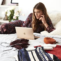 8 Apps Where You Can Sell Previously-Loved Clothes