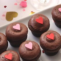 27 Valentine's Day Food Deals & Freebies You Don't Want to Miss