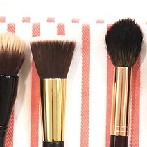7 Signs You Need to Replace Your Makeup Brushes and Sponges