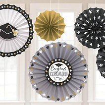 10 DIY Grad Party Decorations That Are in a Class of Their Own