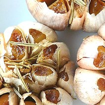 This is How to Roast Garlic in Just Fifteen Minutes
