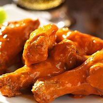 Buffalo Wild Wings Challenges Chipotle with 15-Minute Lunches