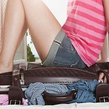 Essential  Packing Tips for Students Moving into College Dorms